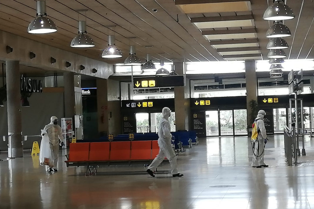 Alicante Airport set to close to commercial flights