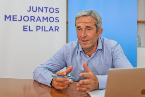 The mayor of Pilar de la Horadada, José María Pérez,