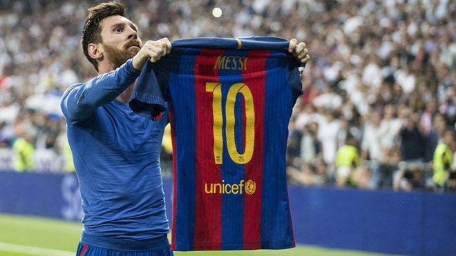 Messi confirms 70% pay cut for Barcelona players