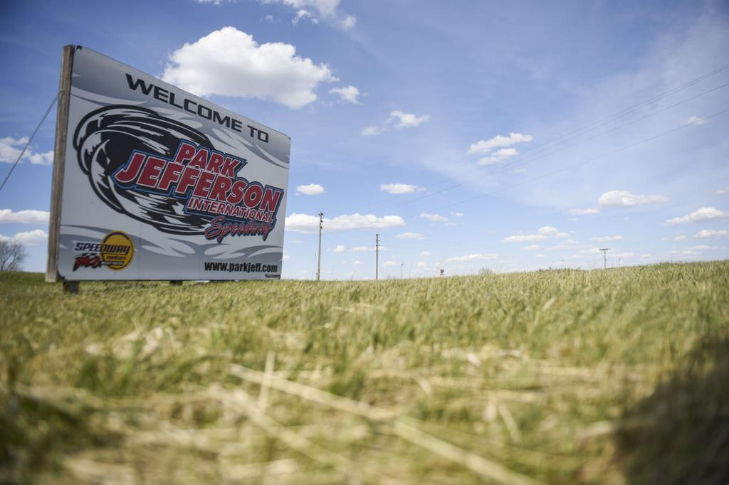 Speedway South Dakota U- Turn to give 'entertainment' - and break from madness in COVID-19