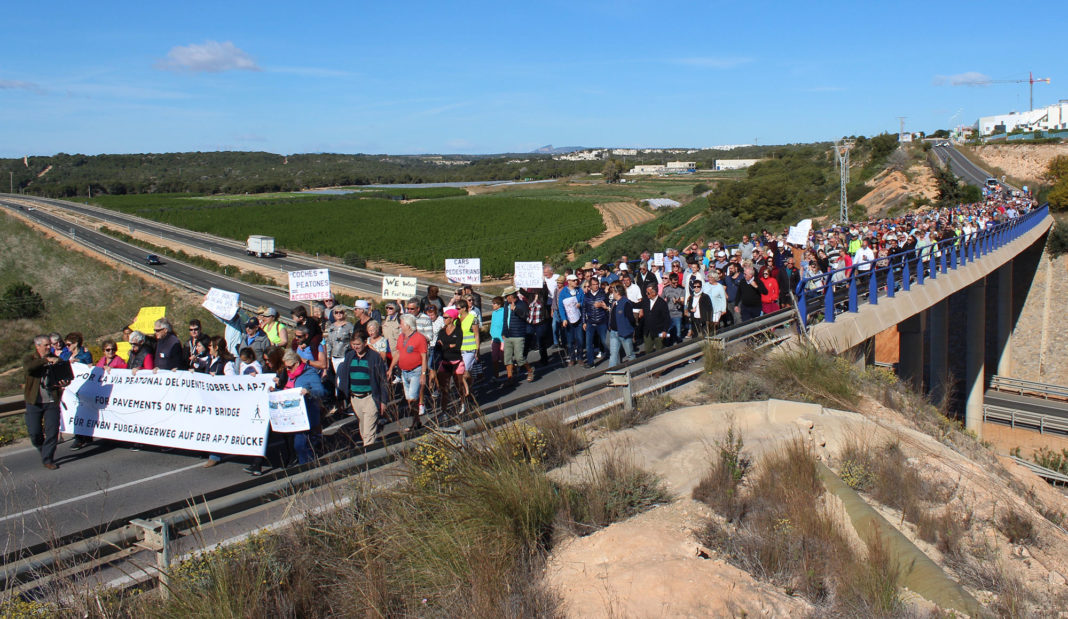 AP7 Bridge demonstration