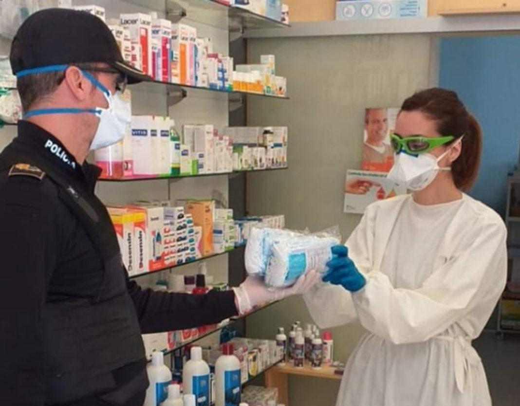Masks delivered to pharmacies during coronavirus COVID-19. Photo: Policia de Los Montesinos.