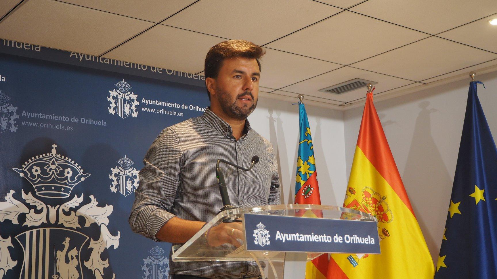 Deputy mayor, Jose Aix