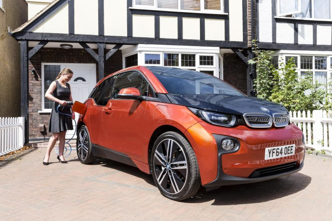 DRIVERS LACK CONFIDENCE IN GOVERNMENT EV OWNERSHIP ADVICE