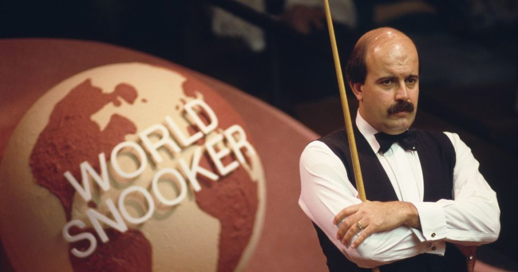 Villamartin based Willie Thorne put into induced coma