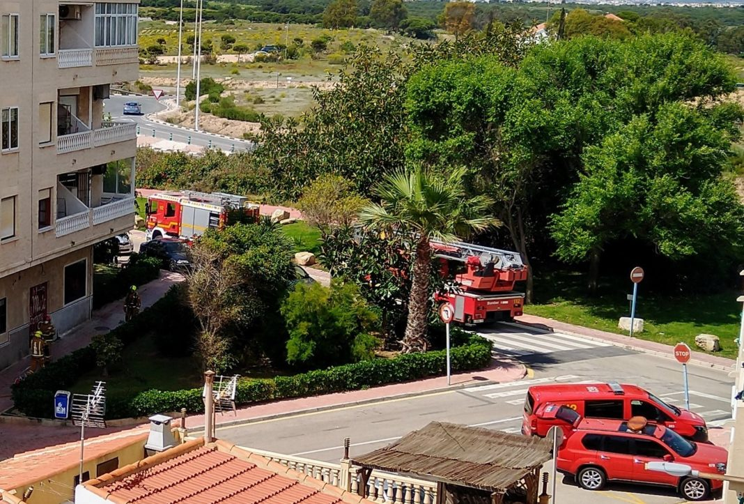 Fire breaks out in Torrelamata First floor apartment