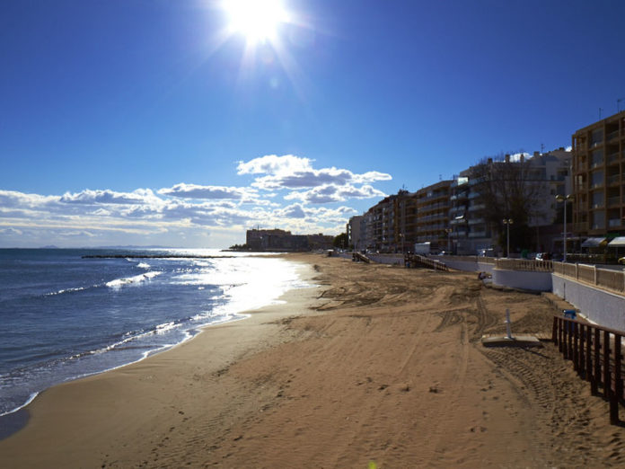 Torrevieja to open its beaches on Wednesday