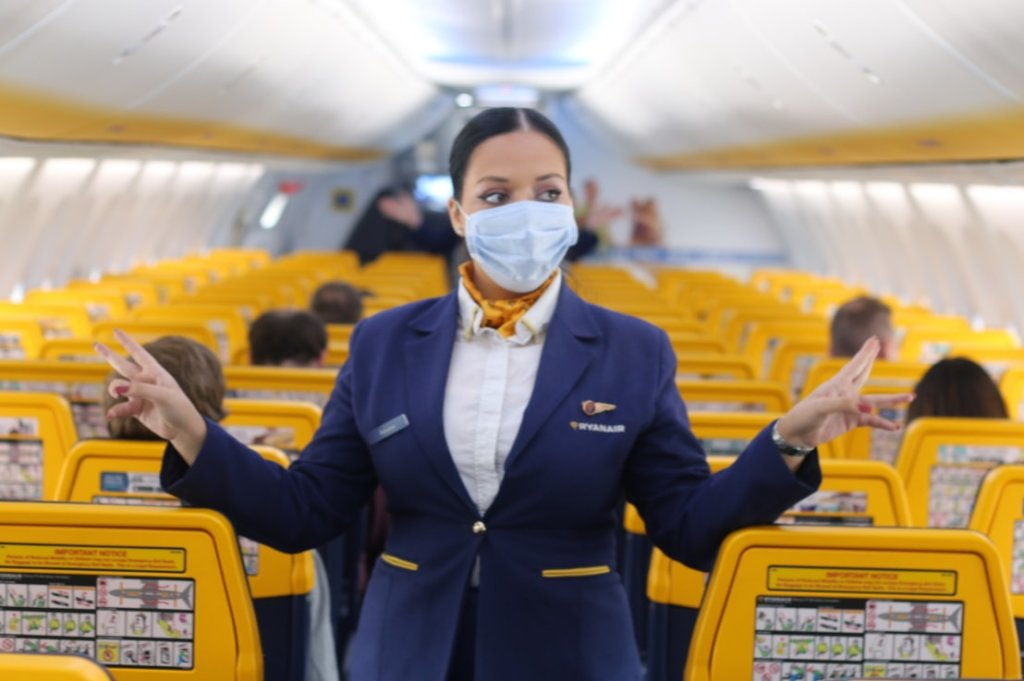 Facemasks to be compulsory on all Ryanair flights