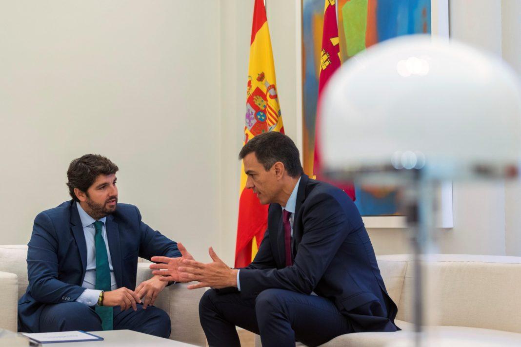 López Miras wants to meet Pedro Sánchez to talk about the Mar Menor