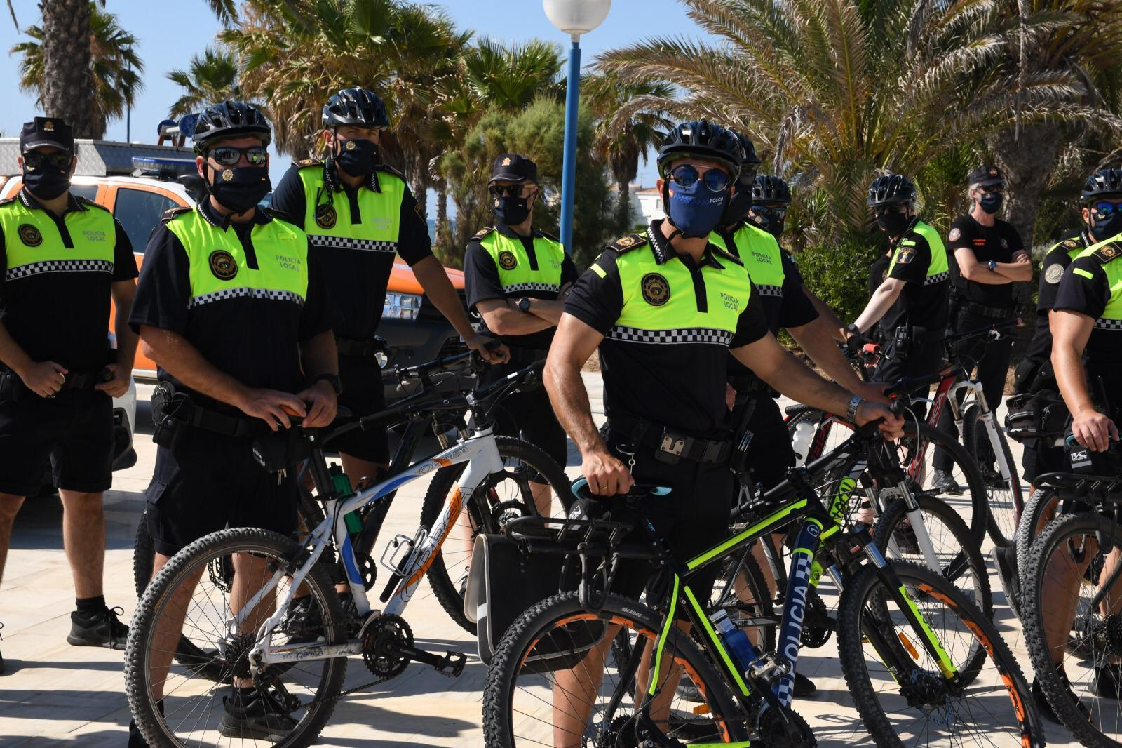 """There will also be twelve officers on bicycles who will travel the coast to guarantee the safety of all residents and visitors."""""""