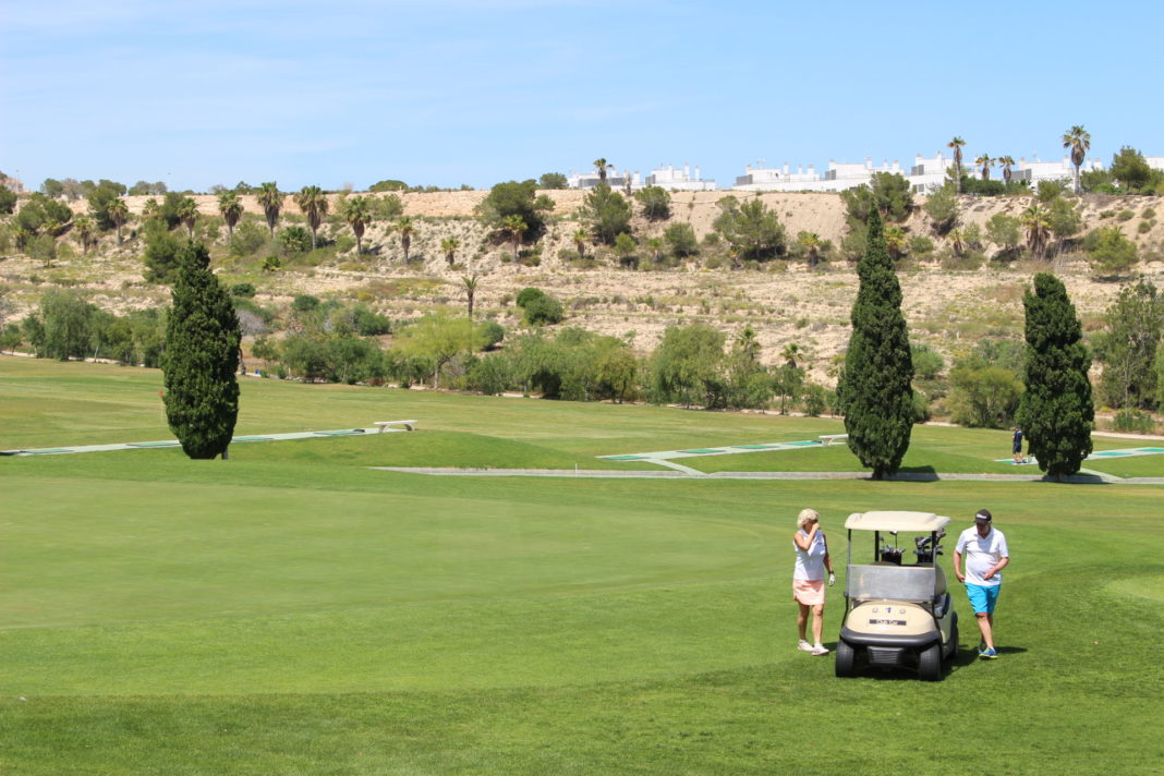 Orihuela begins the legalisation of the Vistabella golf course after 11 years