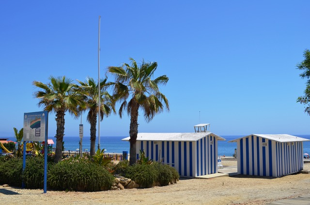 Mojácar's beaches are flying six blue flags this summer, the highest number awarded to the town in the last 15 years