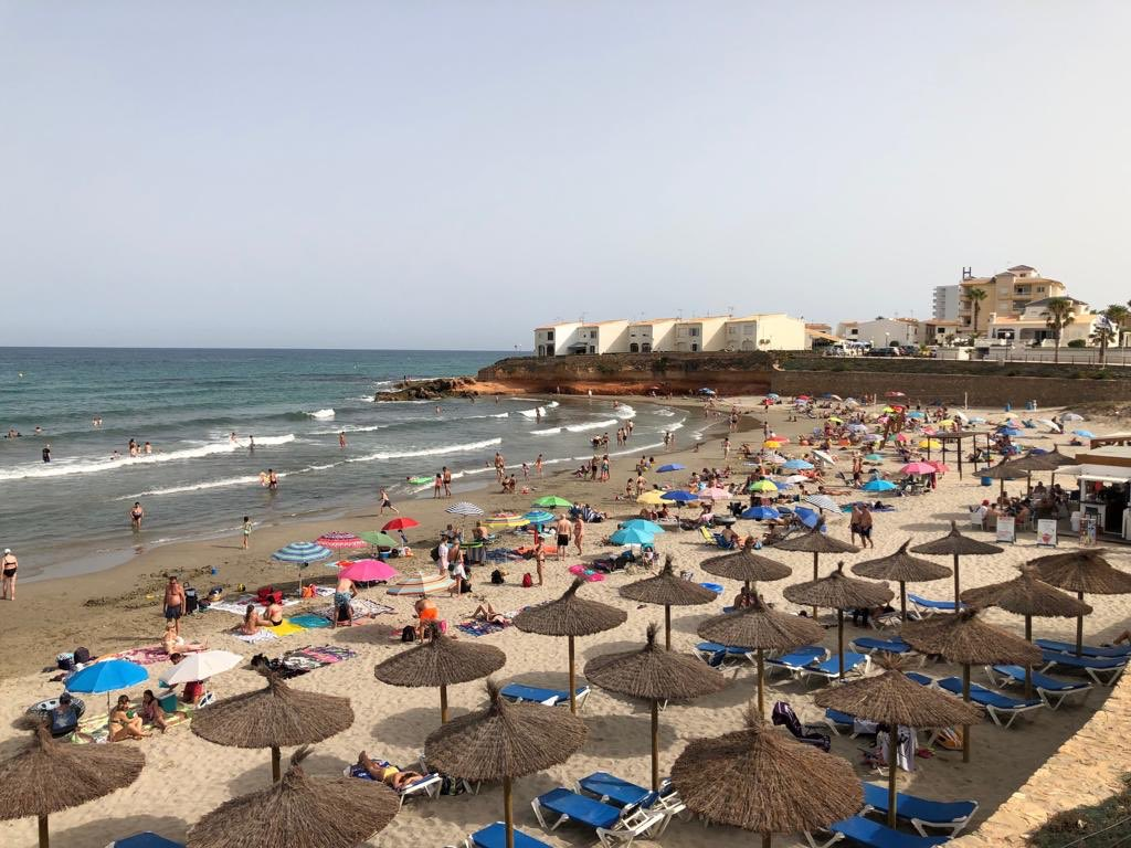 Foreign Minister says Spain will consider imposing quarantine on UK travellers