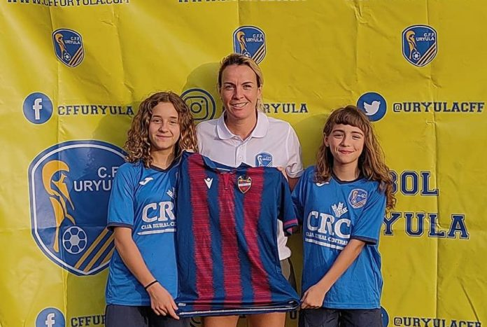 Levante UD Women sign two Orihuela players