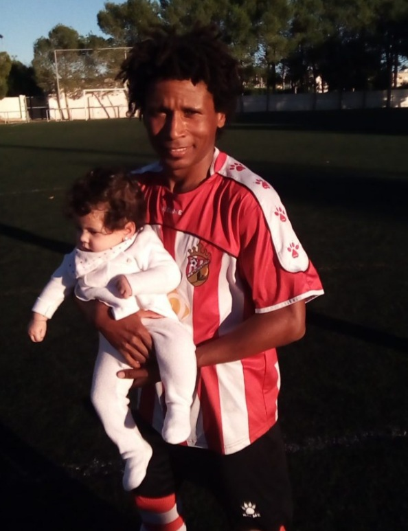 Vaz with baby daughter at CD Montesinos in 2018. Photo: Andrew Atkinson.