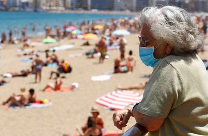 UK reintroduces quarantine for travellers from Spain