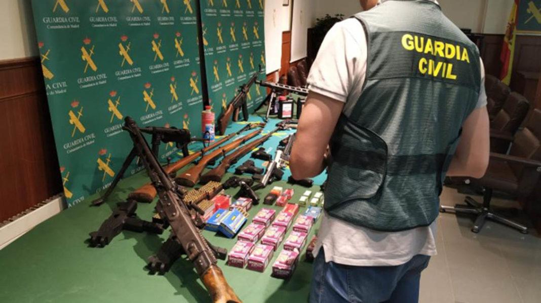 Arrested in Bigastro for modifying starting pistols for organised crime
