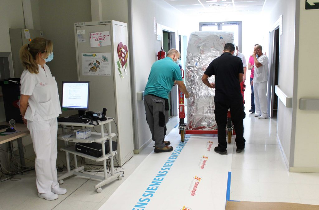 Torrevieja hospital takes delivery of €600,000 CT scanner
