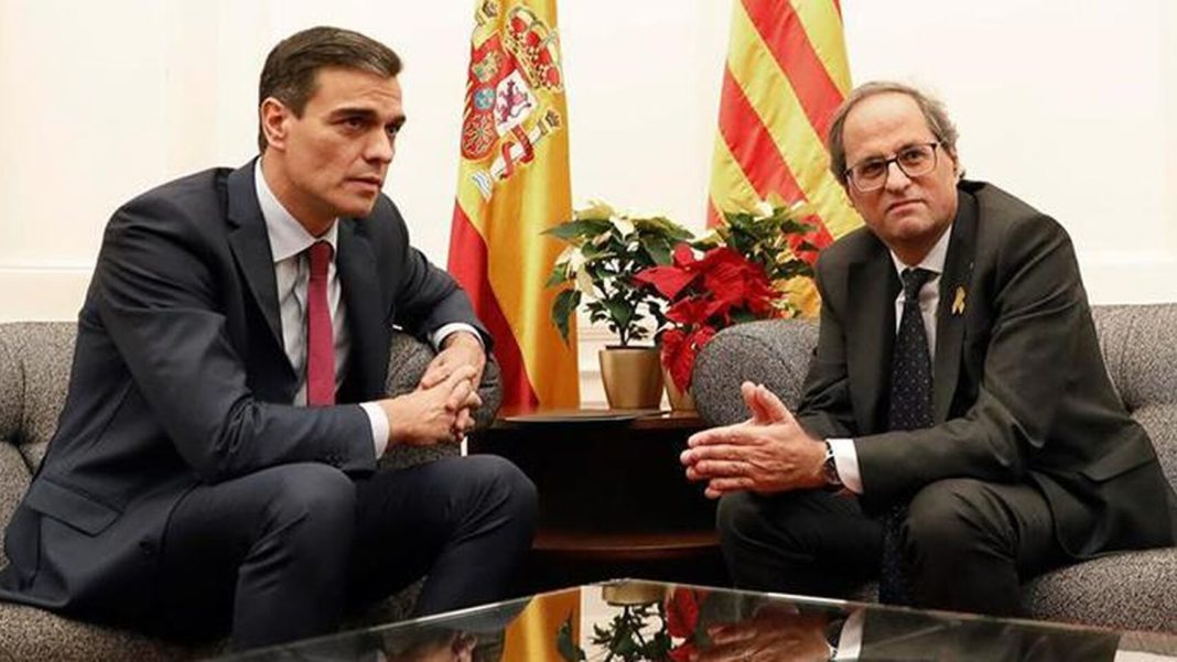 Government asks Catalonia President to close border to prevent virus from spreading