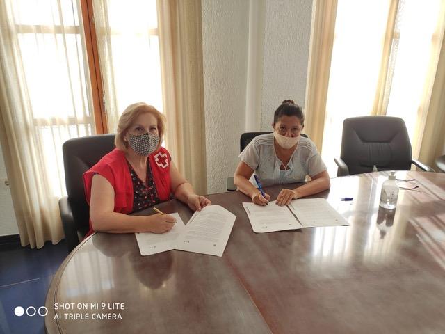 Mojácar collaborates with 'Cruz Roja Española'