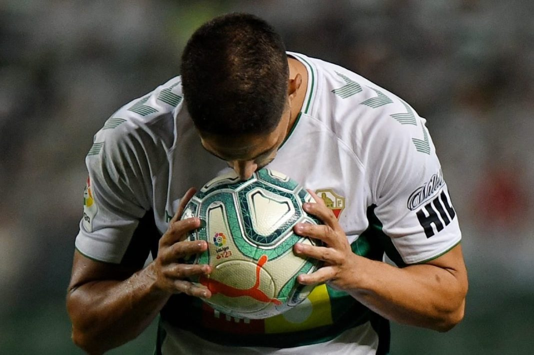 Hopes still alive as Elche survive Jonathas red card