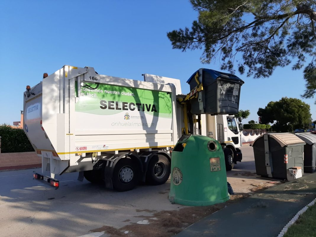 Fifth side loading waste collection truck bound for the coast to its fleet