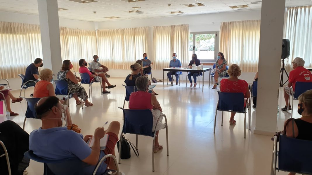 New Orihuela councillor introduces herself to the coast