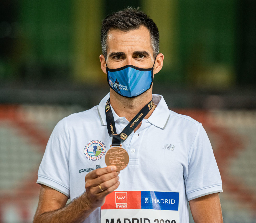 Torrevieja athlete takes bronze in the National 10,000 metre walk