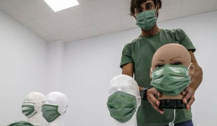 Thermal temperature mask sensor detects fever