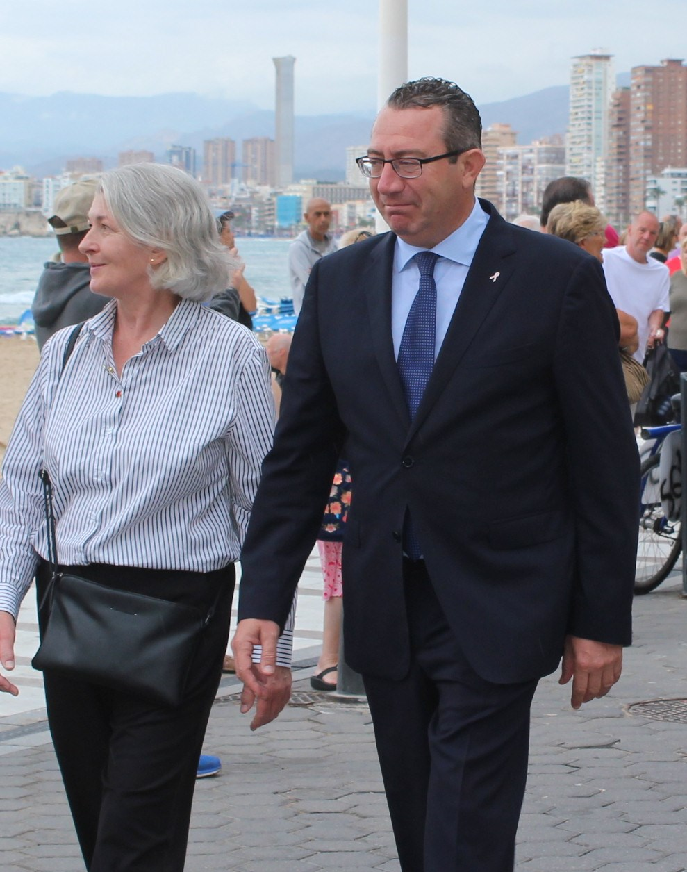 Mayor Toni Perez strolling through Benidorm with British Vice Consul Elizabeth Bell