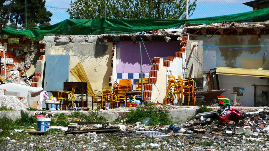Home to over 40,000 people, the slums of Cañada Real in Madrid