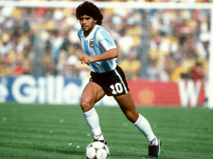 Maradona helped Argentina win the World Cup in 1986_Ph.trensanco
