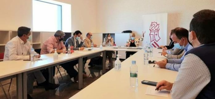 Regional Mayors meet with Minister of Health to discuss Torrevieja Hospital