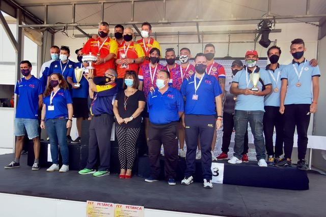 SPANISH PETANQUE TRIPLES ROUNDS HELD IN MOJACAR