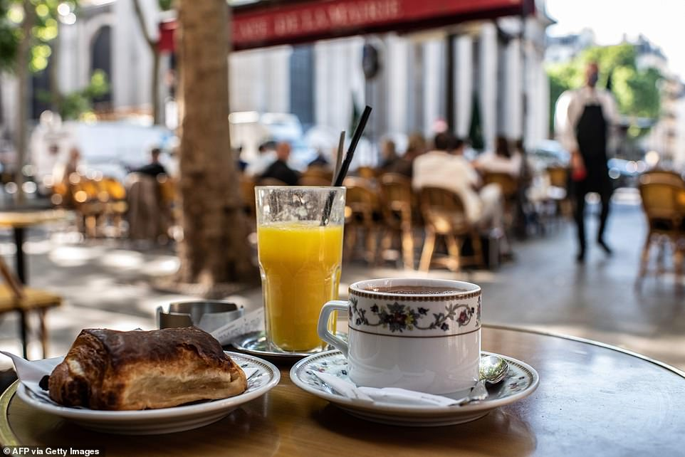 Extra restrictions in Orihuela and Elche as hospitality hangs by a thread