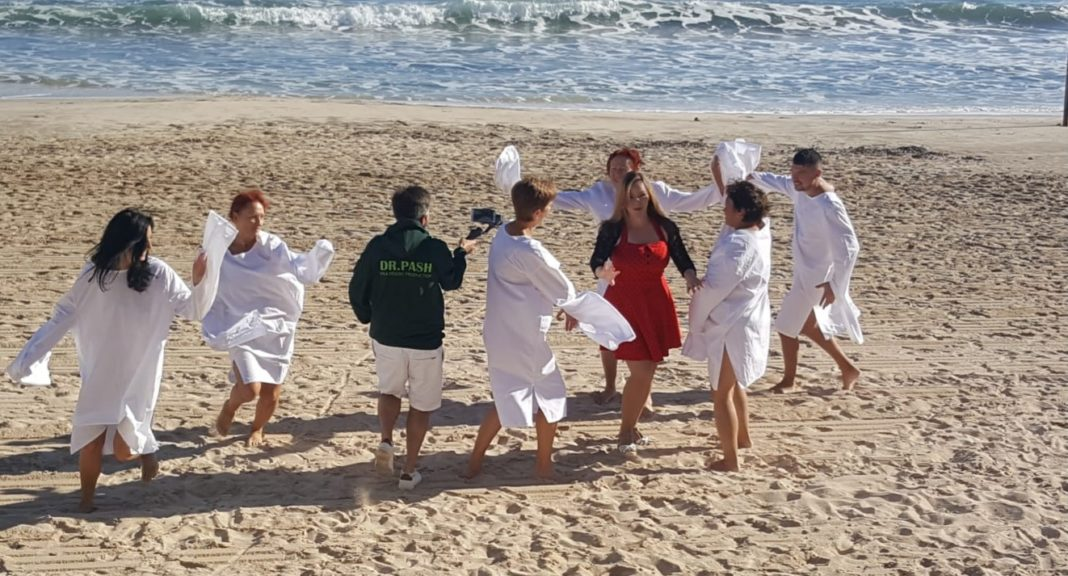 Filming took place on Los Locos Torrevieja beach in the winter sun