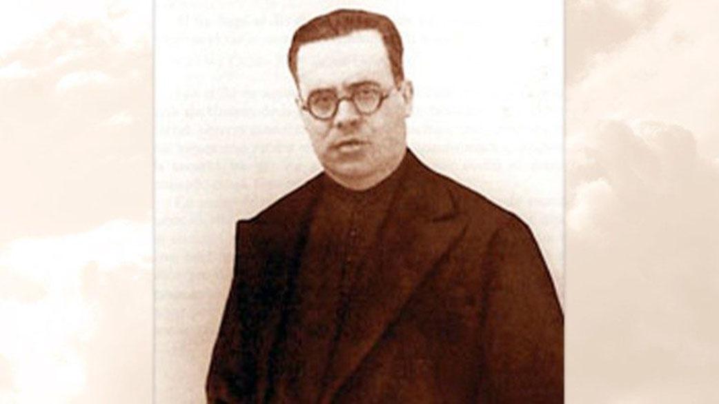 Fr. Juan Elias Medina