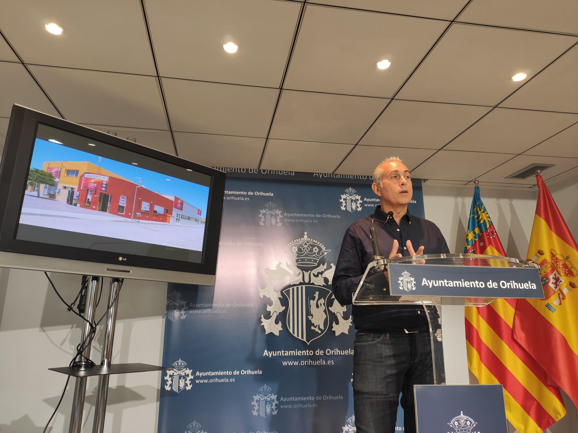 The Councillor for Sports, Víctor Bernabéu