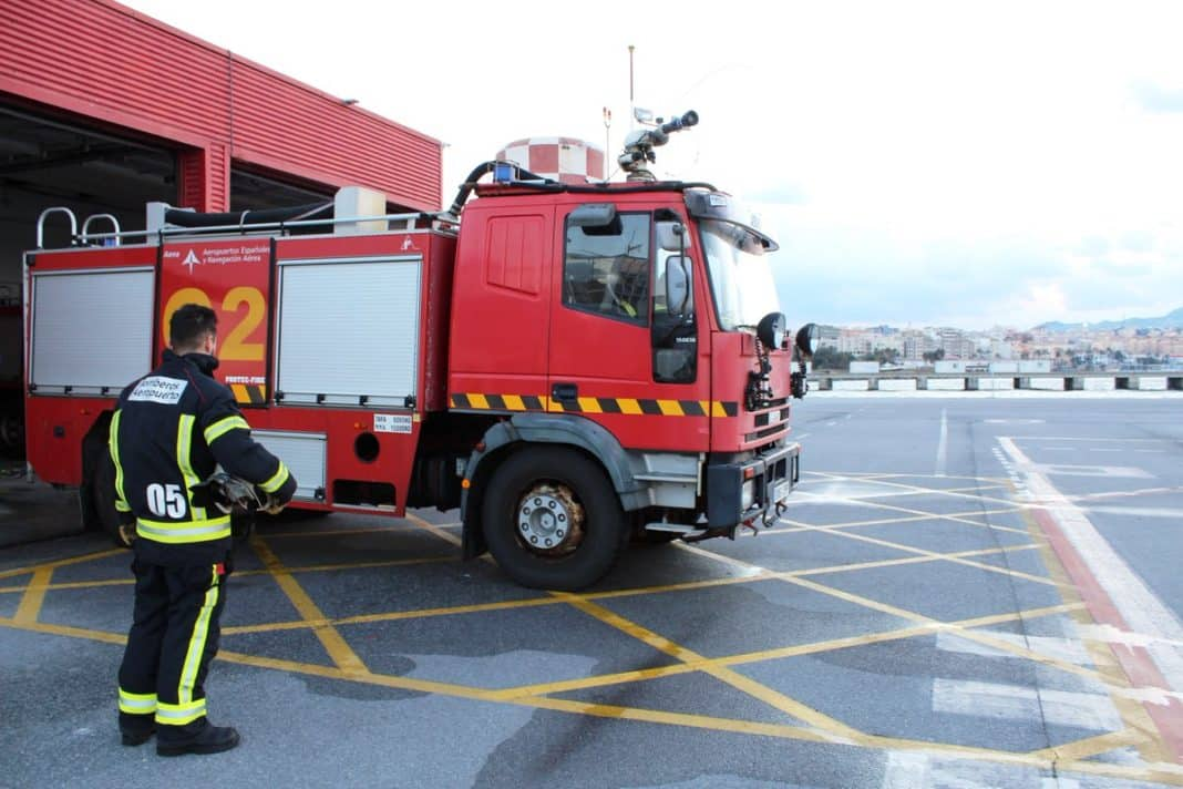 Problems with the braking system that saw emergency fire services awaiting the aircraft arrival.