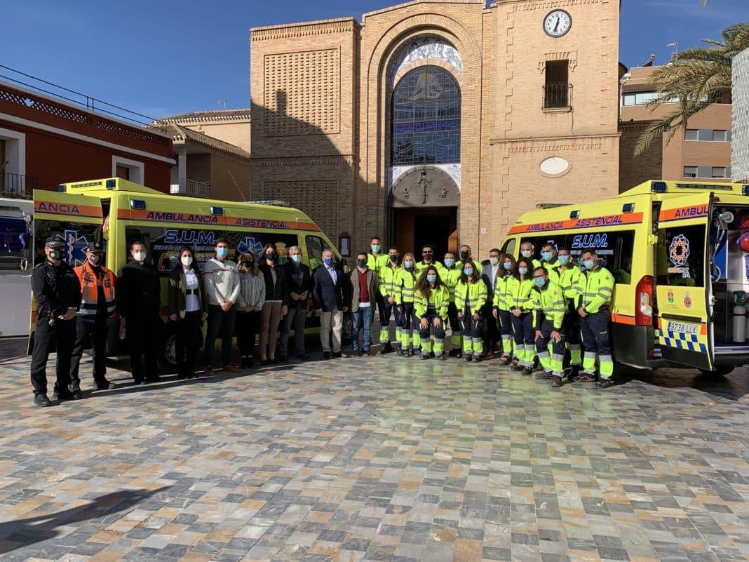 The service, provided by Ambumar SYA, will use two recently acquired vehicles, one for Pinar de Campoverde and the other that will cover the entire municipality 24 hours a day.