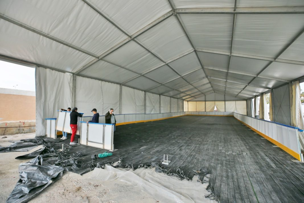 Torrevieja erects 700 square metre ice rink for Christmas