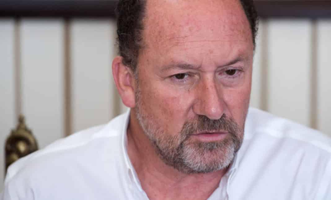 The mayor of Orihuela, Emilio Bascuñana, tests positive for coronavirus