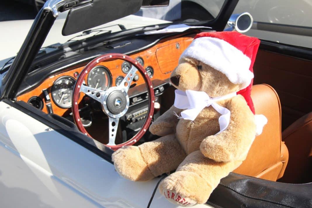 Phoenix Car Club Christmas Car-Ols.