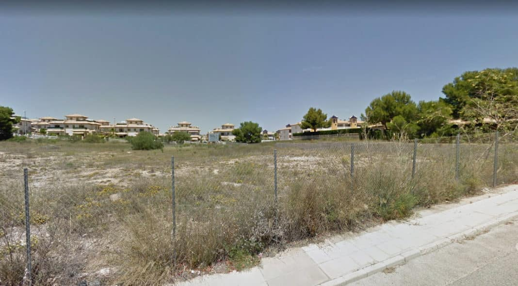FILE IMAGE: Orihuela modifies use of sports land to build more houses in Orihuela Costa