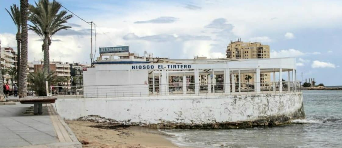 Criticism following demolition of Jose María Restaurant on Torrevieja prom