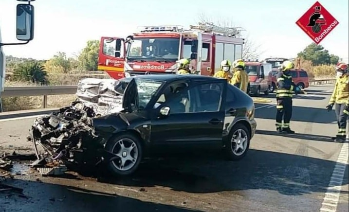 Head on crash leaves one dead in Rojales