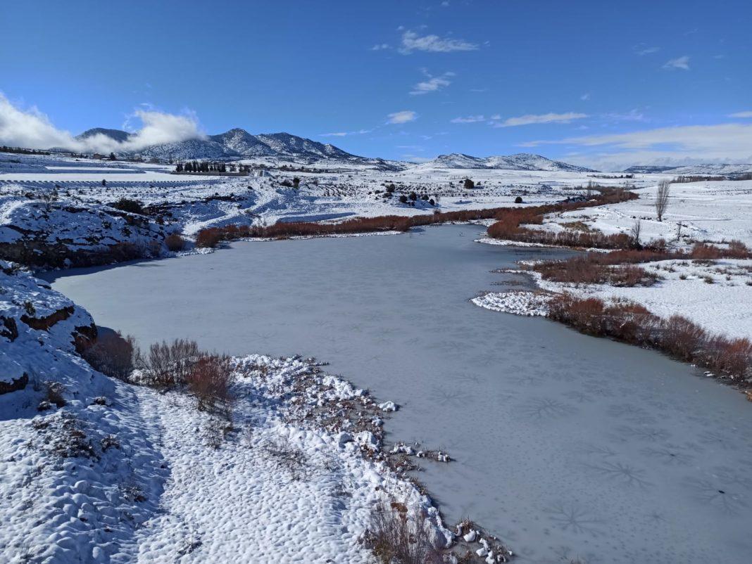 The Embalse de La Risca, Murcia, was completey frozen over