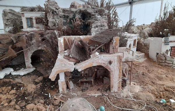 Three minors detained for destroying Almoradí nativity scene