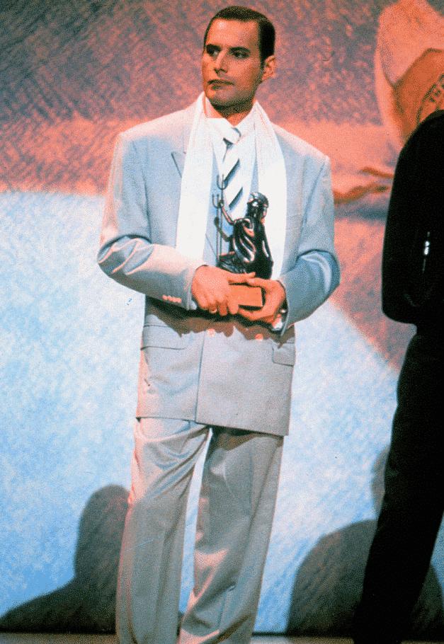 Freddie Mercury making his final public appearance