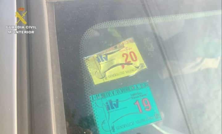 Civil Guard clamp down on fake ITV stickers